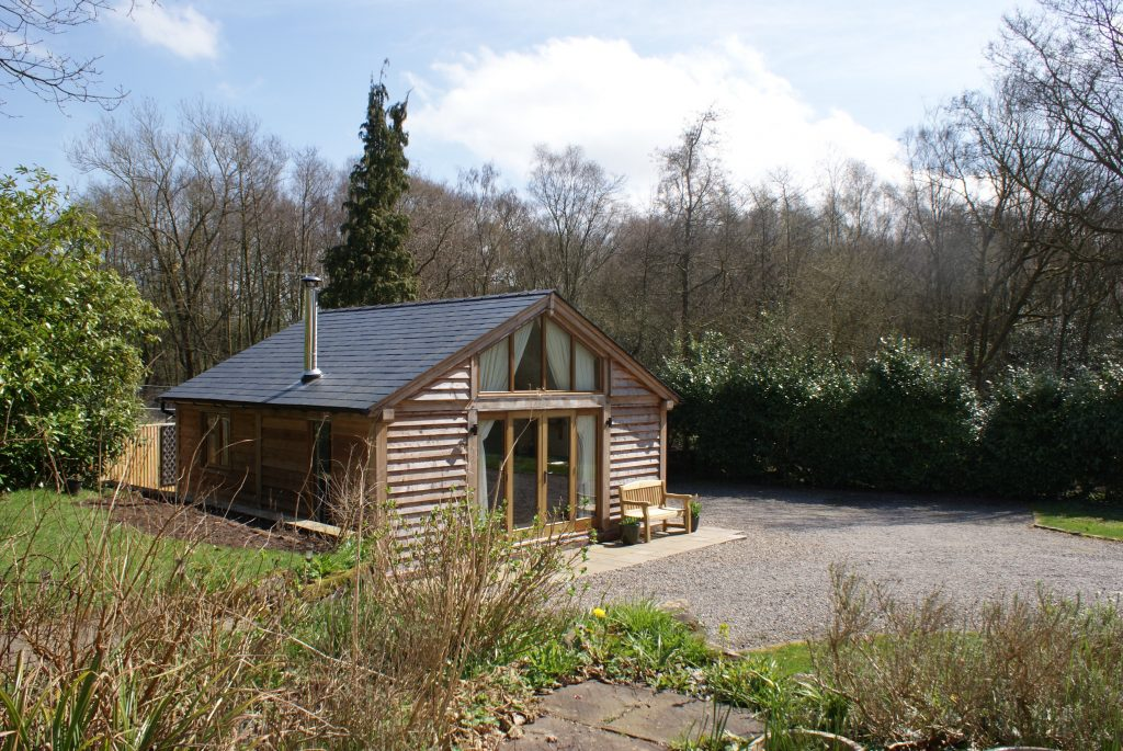Woodland secluded, romantic studio Cheshire